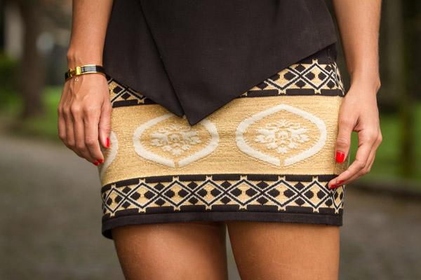 lala-noleto-preto-dourado-galeria-tricot-3