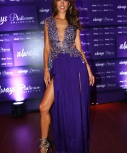 <!--:pt-->Paloma Bernardes, Marina Ruy Barbosa,  Fiorella Matheis, Alessandra Ambrosio, Mariana Rios na festa do ALWAYS PLATINUM COLLECTION<!--:-->