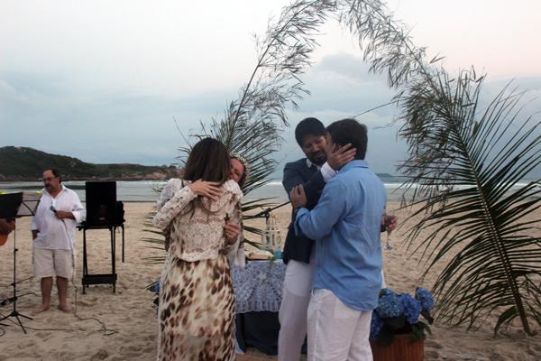 casamento-praia-guarda-embau-lises-10