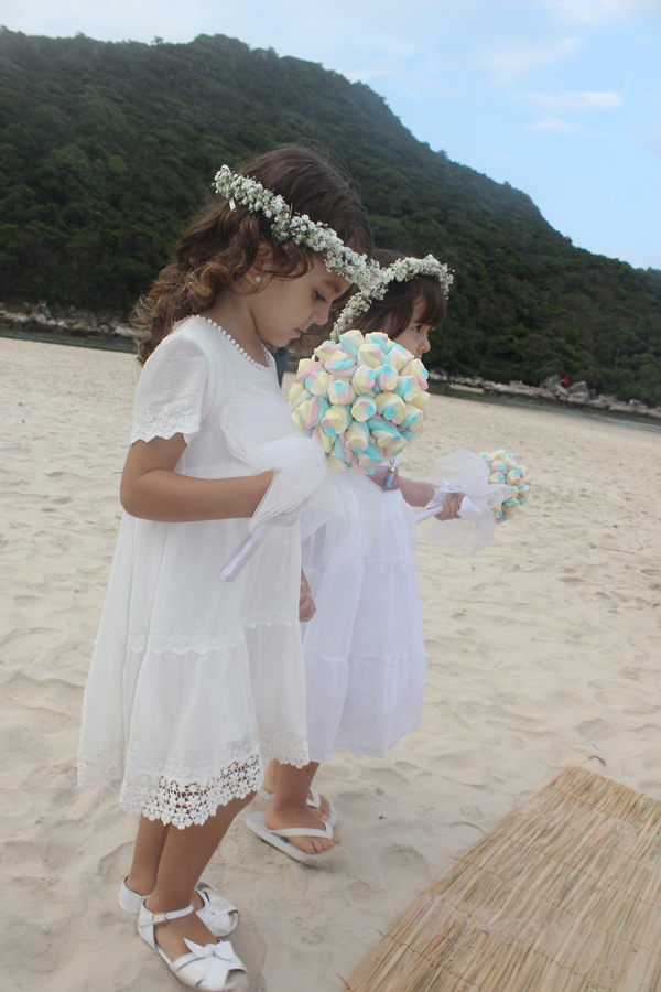 casamento-praia-guarda-embau-lises-7