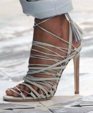 Como usar: sandálias de tiras finas