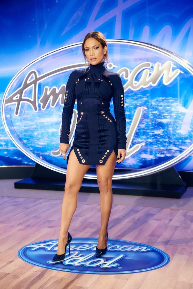 Jennifer Lopez veste Thierry Mugler