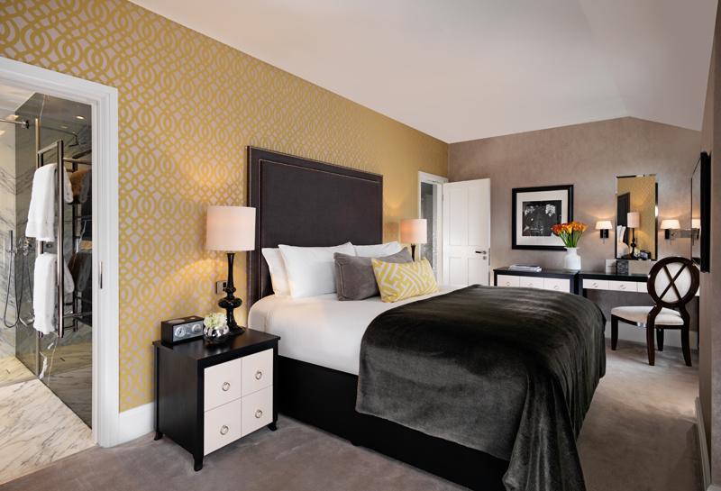 709-bedroom-800x545