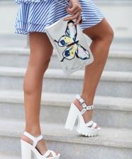 Tendência sapatos com sola tratorada