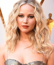 Destaques de cabelo e make no Oscar 2018