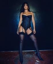 Rihanna lança SAVAGE X FENTY – sua marca de lingerie
