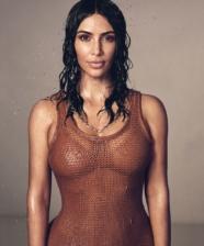 Kim Kardashian abre as portas da sua mansão em Los Angeles para a Vogue